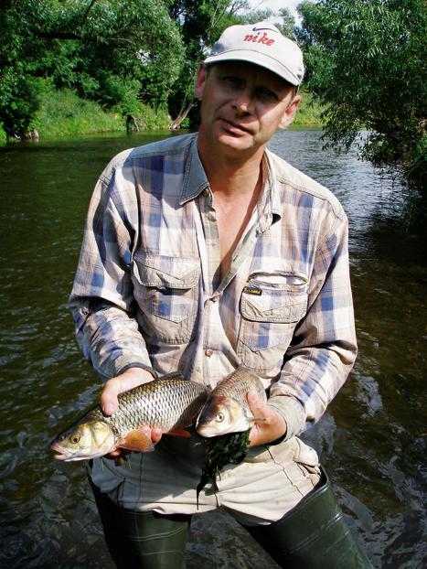 Рыба клюет на 'шелковник'